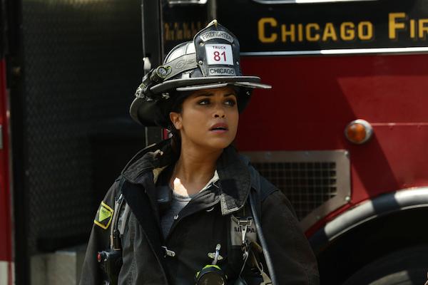 《芝加哥烈焰》第4季加布里埃拉發現自己懷有凱西的孩子.JPG