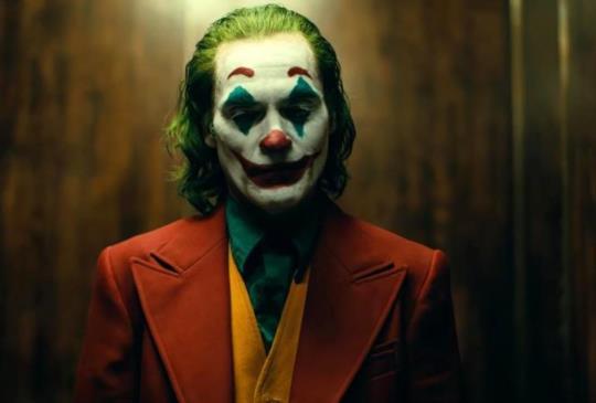 「當層層的絕望,堆疊起一把致命的槍」小丑觀後感