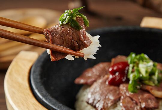 【原燒】15週年慶指定套餐加量肉肉15%! 壽星再送你清酒燒牡蠣!