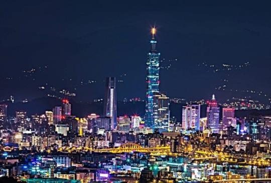 擁抱台北最高樓,信義區7家可以看見台北101的餐廳!