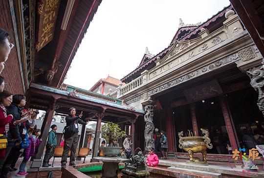 南瑤宮的觀察課│彩繪、雕刻、木作、香爐字