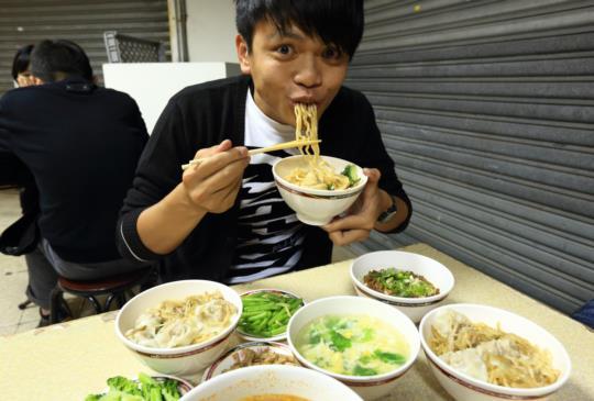 [台北美食]超隱密小吃店~劉媽媽抄手