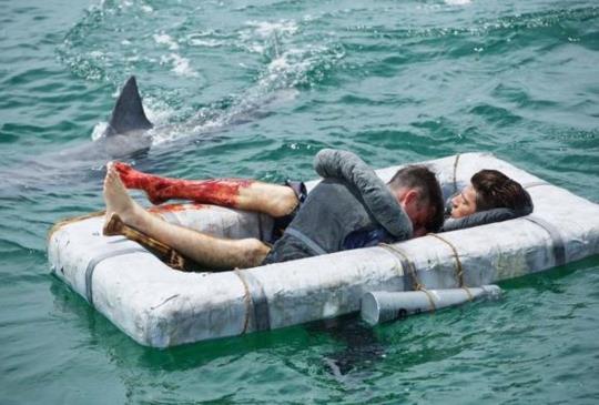 【新聞】改編自美國海軍史上最慘重災難!《USSI:勇者無畏》人性遠比鯊魚更噬血