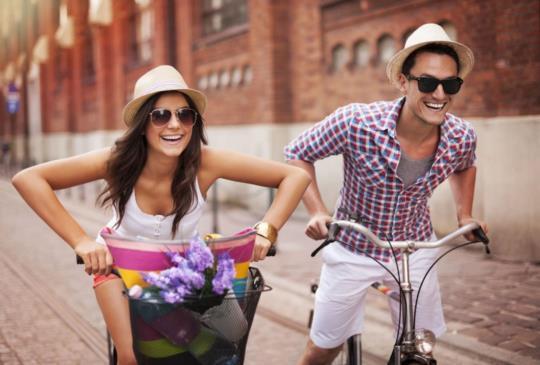【結婚、求婚不是兒戲,不是隨便弄個幾個氣球穿個西裝外加一束花,就能幸福一輩子的】