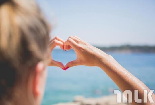 【幸福,難?不難。記住這8點,不管遇到哪段愛情都能很幸福!】