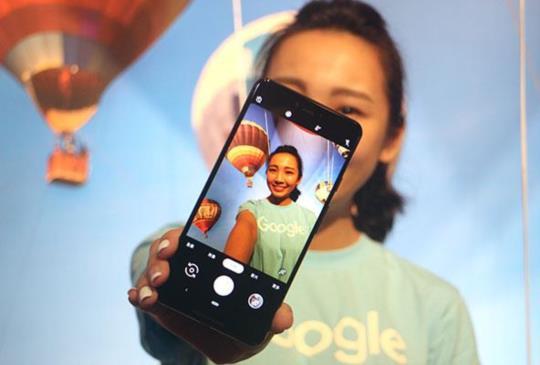 台灣消費者終於等到 Pixel 3 新機開賣,即日起 Google 語音助理講中文也能通