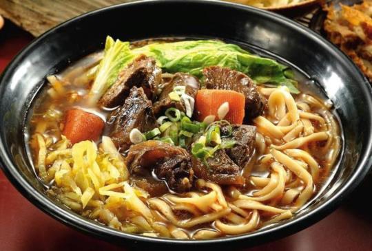【台南味尚讚!5間非吃不可的台南牛肉麵!】