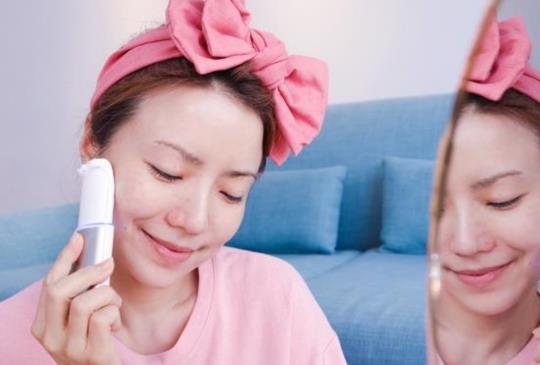 美容神器來了!宅在家保養,也能讓皮膚美到發光!來自日本的Ands Beauty脈衝離子多功能美容儀