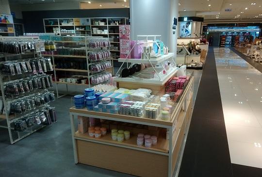 樂扣樂扣引進台灣第一家韓國平價創意生活雜貨-P&Q 高雄夢時代盛大開幕!