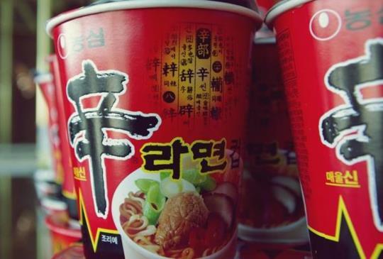 這些很夯的韓國泡麵你吃過沒?其中一款讓人辣到哭卻引起網友紛紛挑戰!
