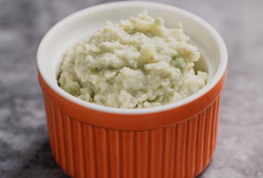 低醣料理 <蔬菜> 酪梨毛豆椰菜泥