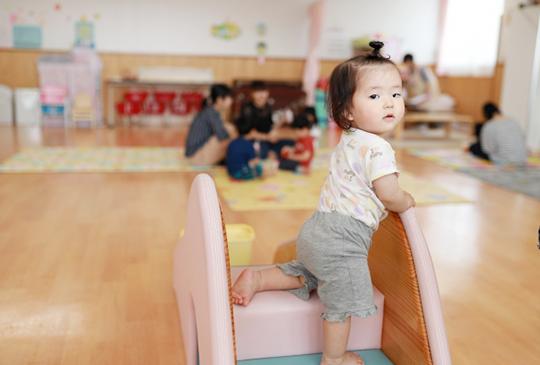 【找托嬰中心注意事項】怎麼選『好的托嬰中心』,費用、場地教具、評鑑哪個重要?