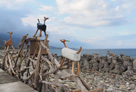 【鼓舞群羊後發現幾米,這裏是比西里岸】
