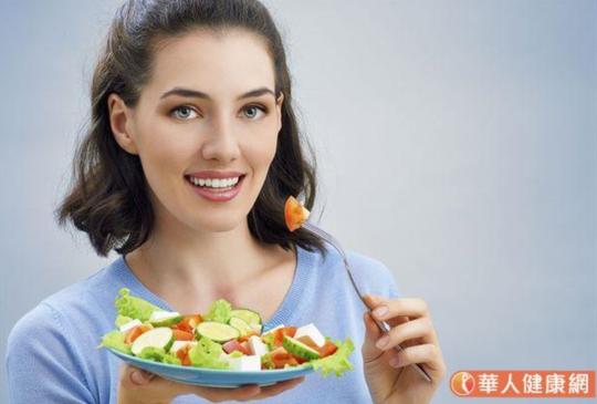 防武漢肺炎先顧好免疫力!董氏:每天吃15種以上食物,還能預防失智