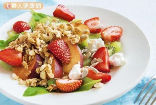研究:天天吃冰凍草莓 食道癌風險少一點