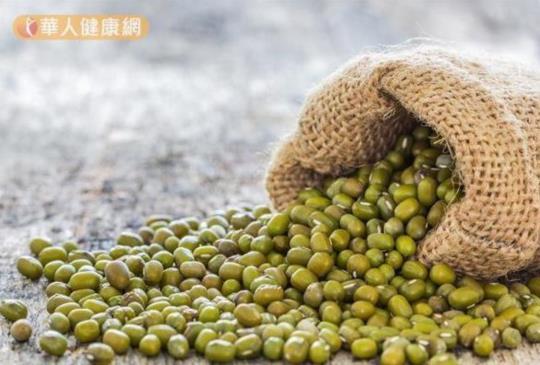 綠豆湯加料力量大 降低壞膽固醇必搭這一味