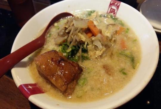 【台北 西門】道地日本味拉麵讓人久久無法忘懷