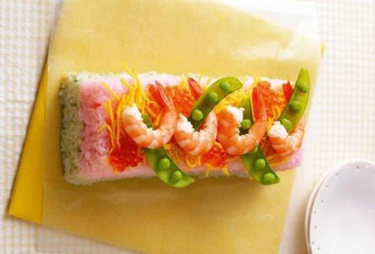 【簡單做!超可愛一口壽司:方形蛋糕壽司】