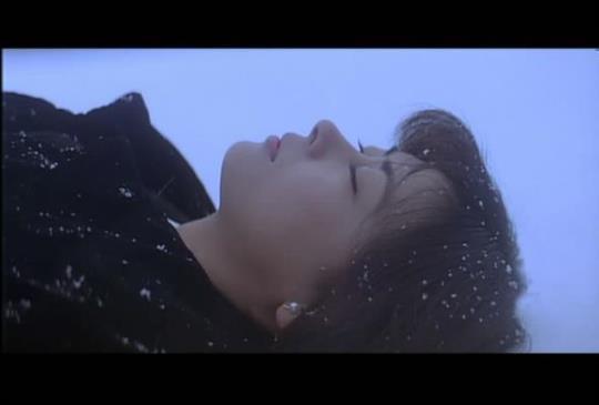 你絕對不能錯過,關於愛與死的日本經典電影:《情書》