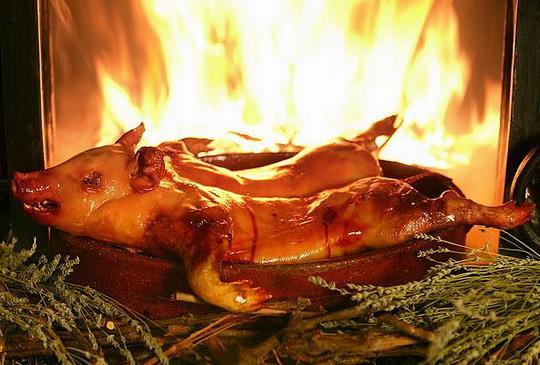 西班牙人這麼吃豬肉 美味豬料理上桌啦!!