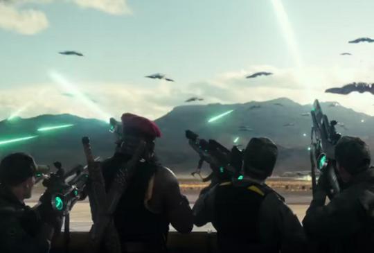 《ID4:星際重生》不團結就絕種!你願意為了自由奮戰看看?
