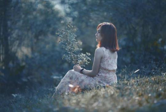 【勇敢離開錯的人,才能再次擁抱愛情。三個轉身勇氣送給女孩!】