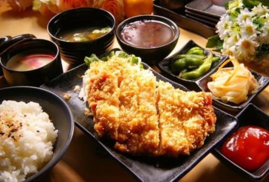 【內科上班族怎麼吃?給你一週午餐地圖】五家異國料理精選