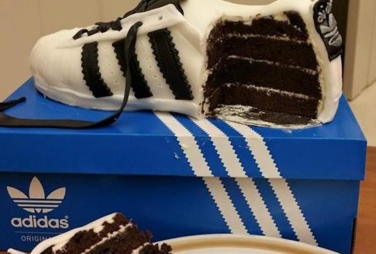 【天后的蛋糕店:蔡依林超逼真蛋糕大集合,巧奪天工的技巧讓人佩服!】