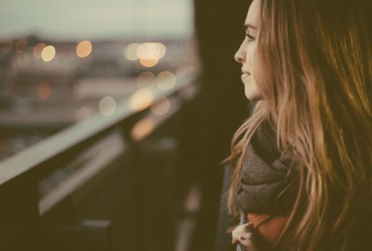 【那些會在愛情裡鬼打牆的人,大多是為了這三個字:「不甘心」。】