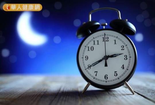 【晚上吃B群會睡不著?營養師:吃對了能改善失眠!】
