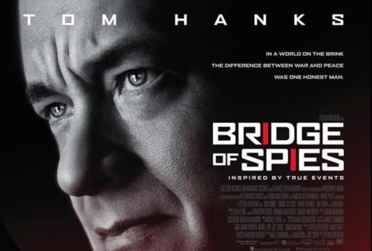 【《間諜橋》別以為這是一部諜戰動作片,冷戰時期最悲劇的職業】