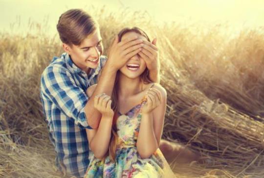 【他是愛你,還是把你當工具人?三點測試你在他心裡的地位是什麼!】