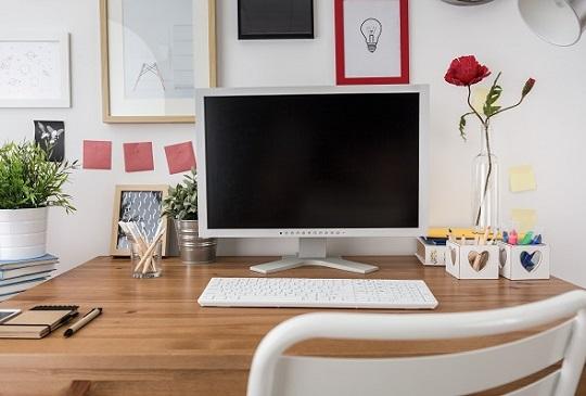 【辦公桌亂糟糟=印象打折扣!】,快用心打造你的工作環境吧!