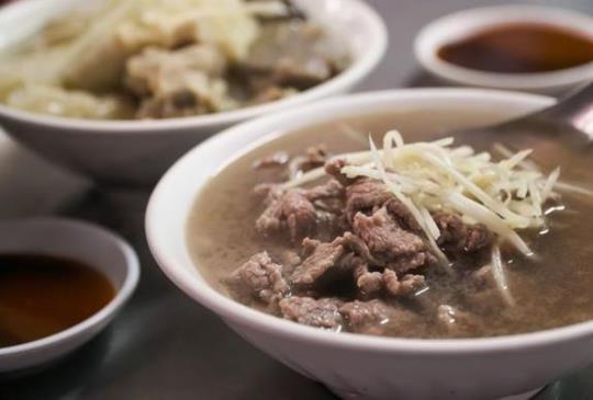 【嘉義美食超多!現切牛肉湯、古早味麵茶冰 重溫小時候的美食記憶~】