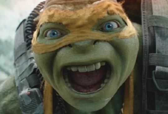 【新聞】《忍者龜:破影而出》忍者龜最親密盟友史蒂芬艾梅爾 與美女記者梅根福克斯熱戀