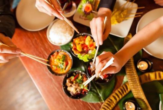 20分鐘輕鬆煮出 滋味懷舊的經典台灣菜-三杯雞