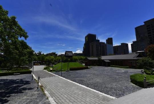 拍攝西門町之西本願寺與紅樓