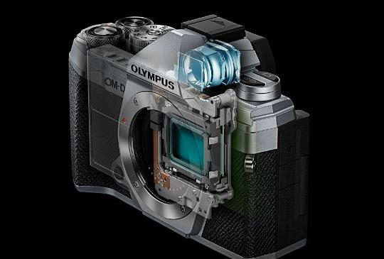 Olympus 正式推出 E-M5 Mark III 無單反相機