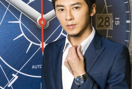 【秋冬腕錶時尚:男神李國毅鍾愛的金屬錶款,超療癒Hello Kitty腕錶系列來囉!】