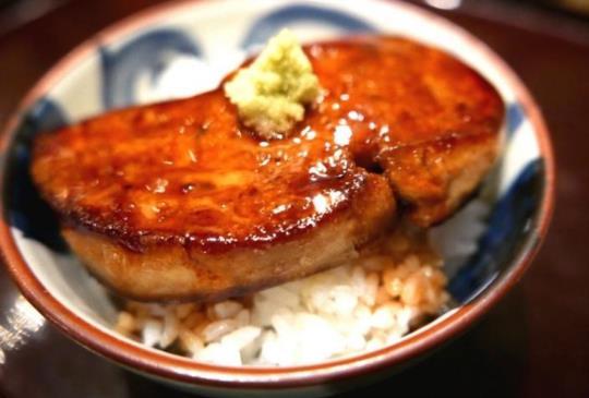 【享受真正道地的深夜食堂!東京5間各有特色的深夜居酒屋】