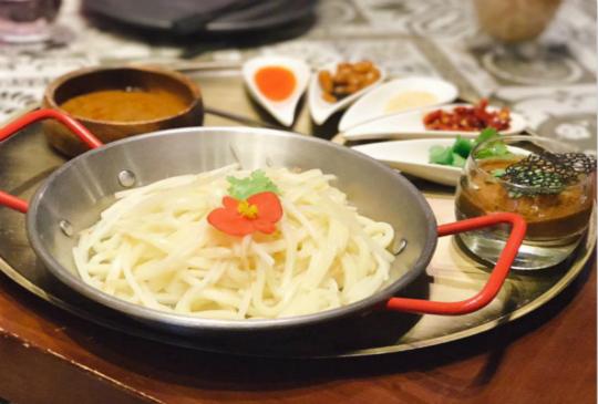 【另類體驗!在「夢幻森林」享用川味料理吧!】