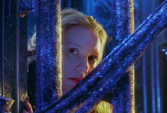 【時間不等人,尤其是女人!《魔鏡夢遊2時光怪客》,哪個不會作夢的人說它是爛片!?】