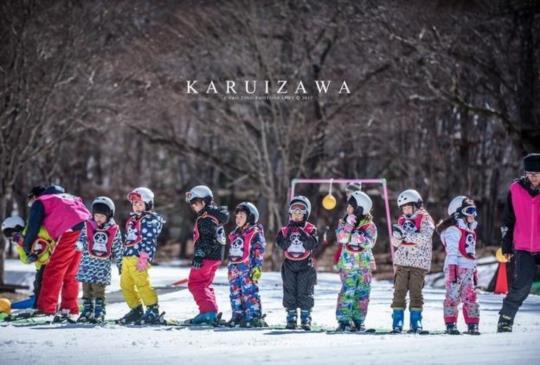 【貓熊滑雪學校】小孩第一次滑雪就上手