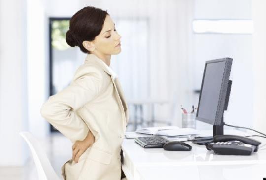 5旬婦常腰痠背痛 竟因晚期乳癌骨轉移