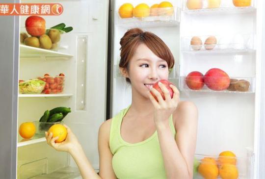 飯後吃水果,是幫助消化神器?營養師:吃錯恐更肥胖,3大地雷要小心