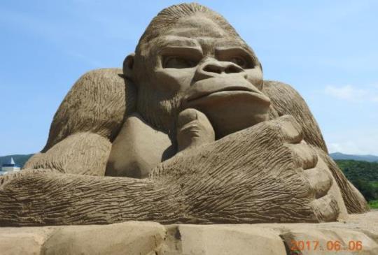 【貢寮】在炎夏擁有童心追逐福隆沙雕,偶然遇見南雅奇岩的美麗~