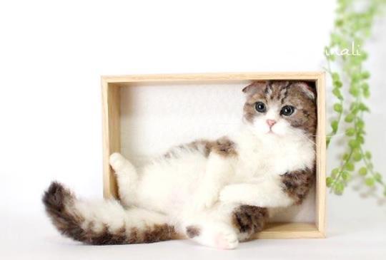 等等!?那裡怎麼會有貓?還原度99.9%的超擬真羊毛氈貓咪