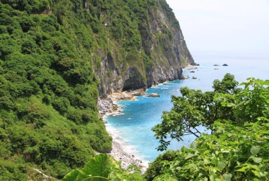 【花蓮】清水斷崖好美麗,碧海藍天划舟趣