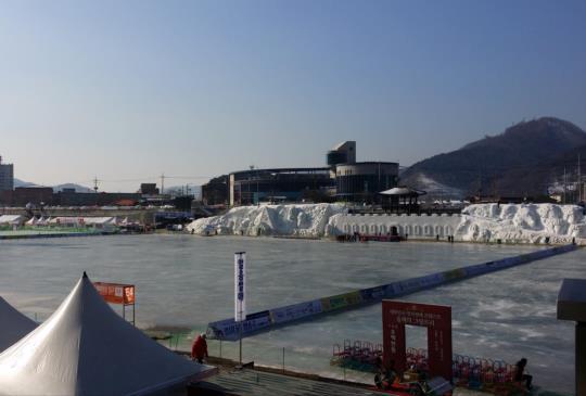 【韓國】麟蹄冰魚節:冬季限定湖上「冰釣」首選!
