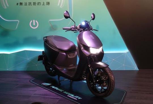 宏佳騰 x 亞太電信異業結盟,推新資費方案不搭手機改賣電動機車 Ai-1 Sport